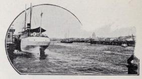 Hamnen vid Nikolaibron, där den större sjötrafiken börjar.