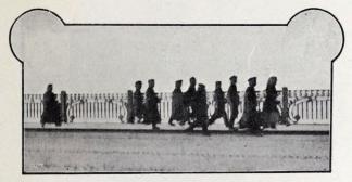 Passlösa som man arresterat.