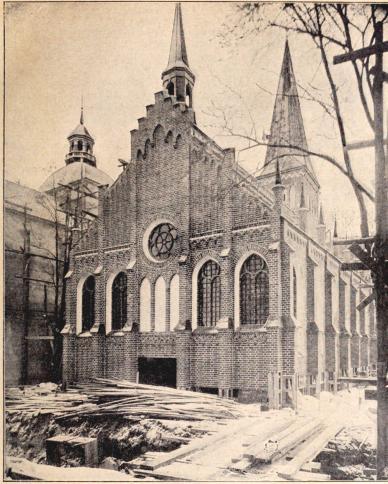»Gamla Stockholm»:Storkyrkan. I.<bEfter fotografi för »För Svenska Hem» af B. Orling. (Jan. 1897.)