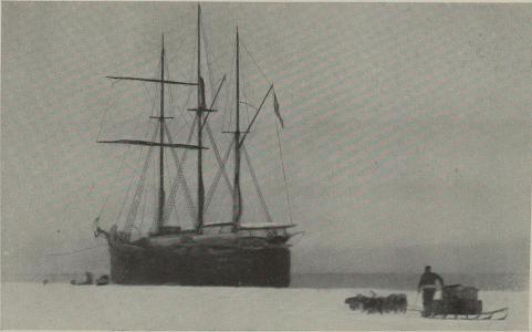 """""""Om eftermiddagen samme dag vi kom fra Sydpolen kom """"Fram"""" inn og fortøiet ved iskanten — """"."""