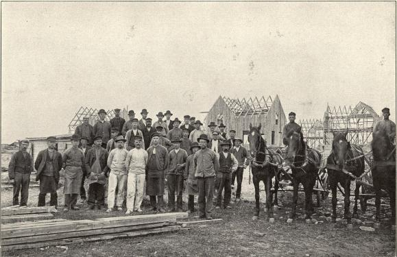 Arbetare vid »Egna Hem», Warberg.<b<smalFoto Ranch, Warberg.</smal