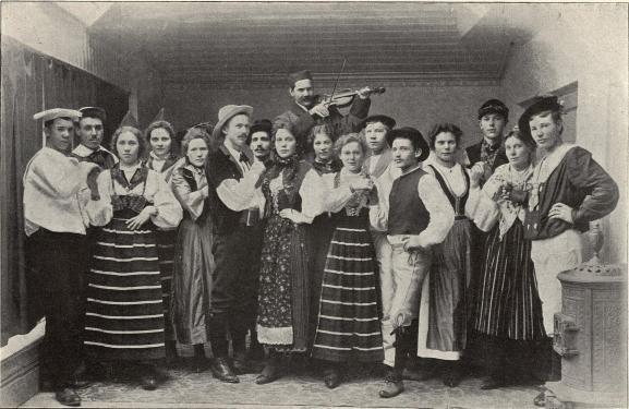 Arbetarnes folkdansklubb i Avesta.<b<smalFoto Ståhl, Avesta.</smal