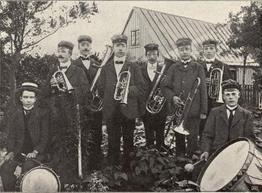 Ekeröds Arbetare-musikförening.<b<smalFoto Ohlsson, Svensköp.</smal