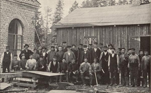Järnarbetare vid Luleå järnverk.<b<smalFoto Tegström, Luleå.</smal