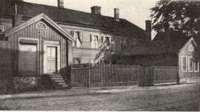Kraefftska huset                 <b(Karl Johansgatan 106)
