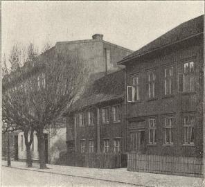 Gamla hus vid Landsvägsgatan