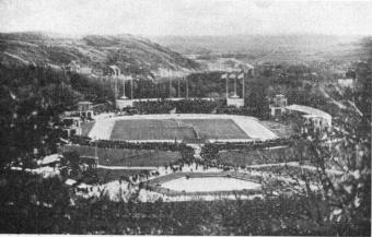 Gothenburg Stadion close to Slottsskogen, surrounded by hills and forest