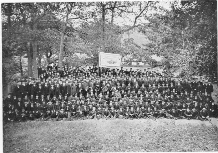 Spårvägspersonalen i Slottsskogen den 20 aug. 1906