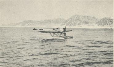 Foto E. Christel.<bVirgo hamn besökes år 1928 av en svensk flygare, den förste sedan<bAndrée lämnade den.