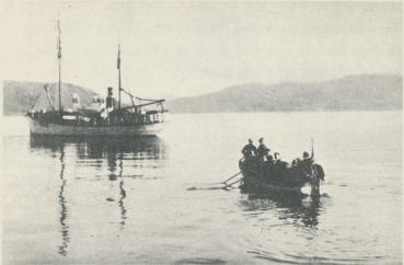 "Kommissionen går ombord på ""Bratvaag"" morgonen den 2 sept."
