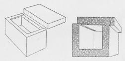 Fig. 2. Kong Khefrens Sarkofag i den næststørste<bPyramide ved Ghizeh, undersøgt af Ernst Sieglins<bEkspedition under Ulrich Hölscher.