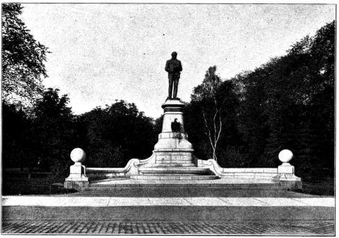 <smal15.  John Ericssons staty i Göteborg, aftäckt år 1899.</smal