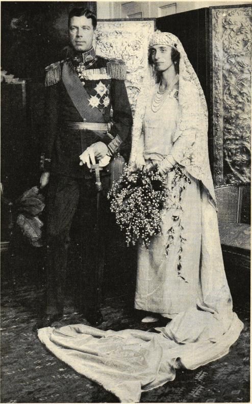Kronprinsparet efter förmälningen den 3 november.